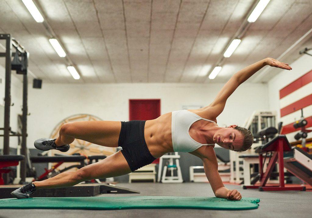 Bianca Baak core workout