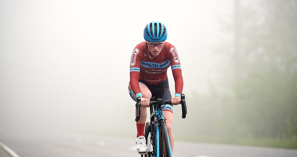 Elodie Kuijper riding in the fog in Belgium