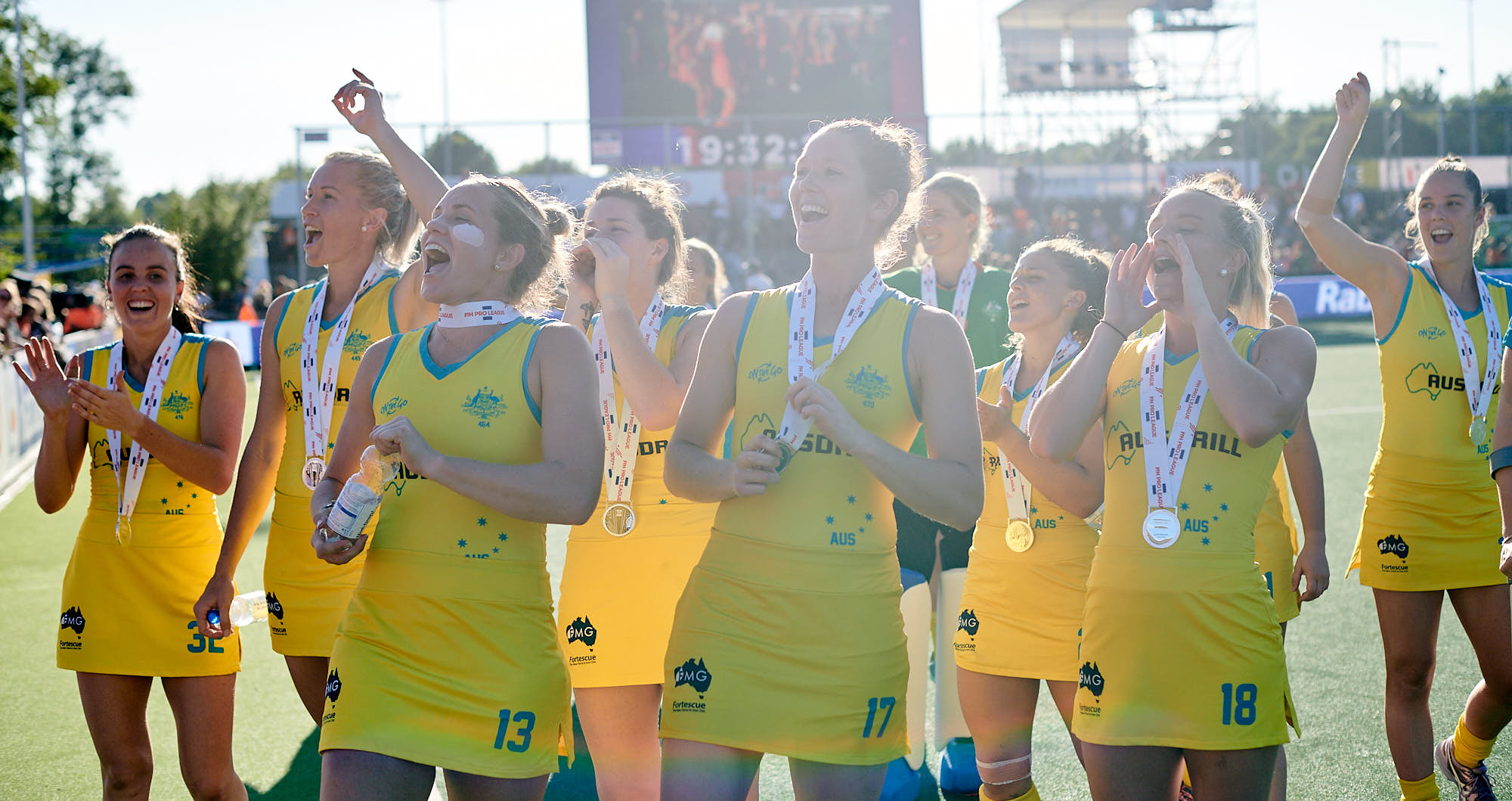 Australian national hockey team players paying respect to their fans at FIH Pro League finals