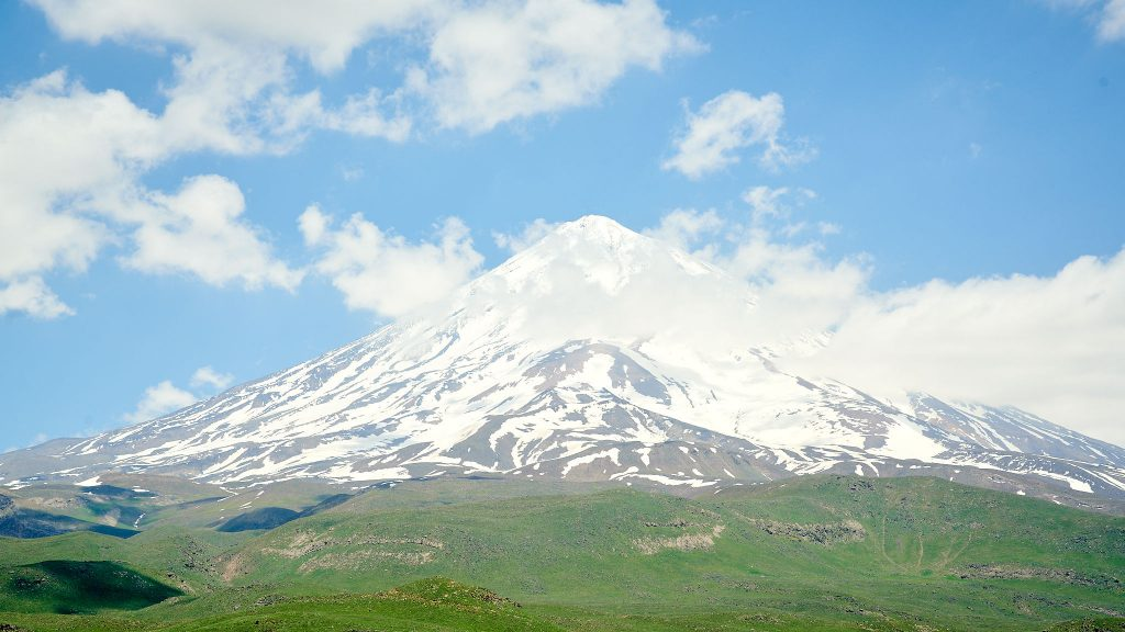 Landscape photo of Mount Damavand in Iran