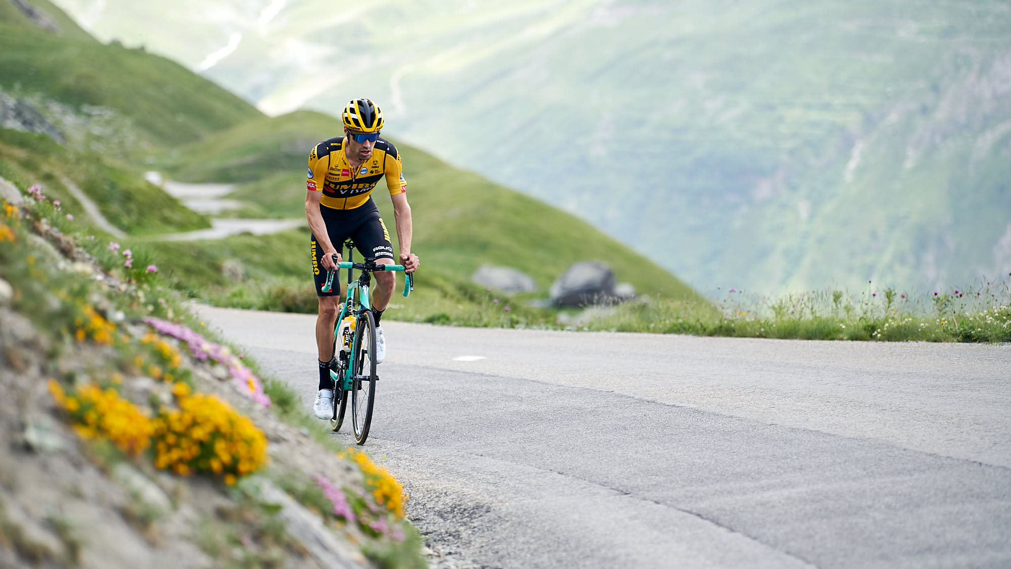 Tom Dumoulin on the Col de l'Iseran
